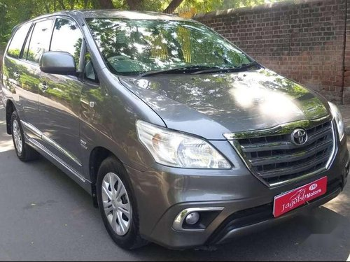 2014 Toyota Innova 2.5 GX 8 STR MT for sale in Ahmedabad-4