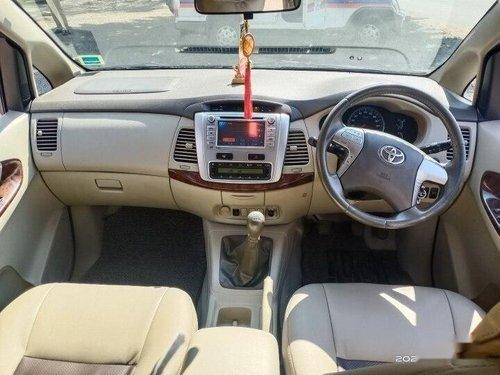 2013 Toyota Innova 2.5 V Diesel 8-seater MT in Pune