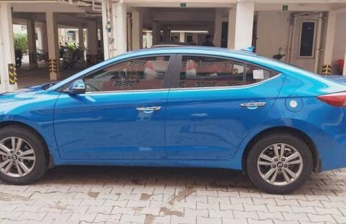 Used 2019 Hyundai Elantra MT for sale in Chennai -8