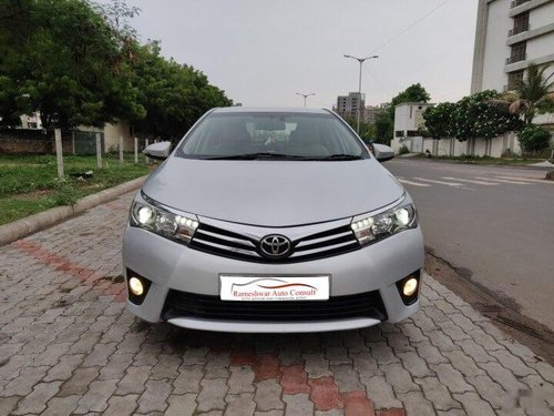 Toyota Corolla Altis GL 2015 MT for sale in Ahmedabad