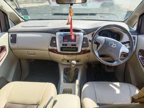 Toyota Innova 2.5 V 8 STR, 2013, Diesel MT in Pune