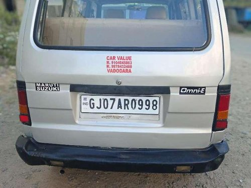 Used 2010 Maruti Suzuki Omni MT for sale in Vadodara
