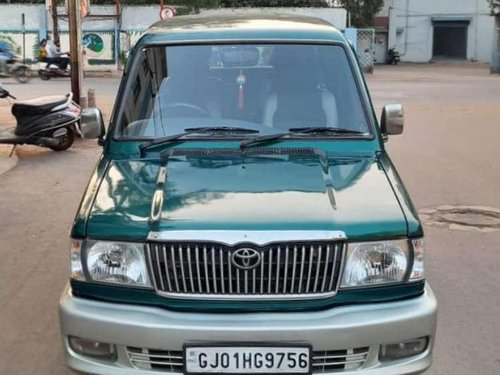 Toyota Qualis 2005 MT for sale in Rajkot