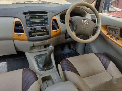Toyota Innova 2.5 V 7 STR, 2010, Diesel MT in Hyderabad