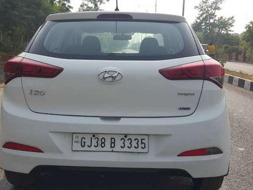 Used Hyundai i20 Magna 1.4 CRDi 2017 MT in Gandhinagar