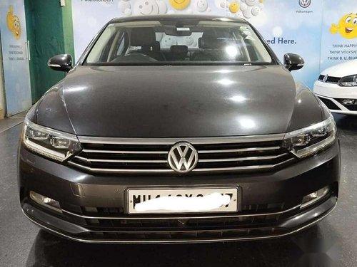 2018 Volkswagen Passat Highline DSG AT in Pune
