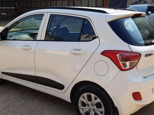 Hyundai Grand I10 Sportz 1.2 Kappa VTVT, 2016, Petrol MT in Ahmedabad