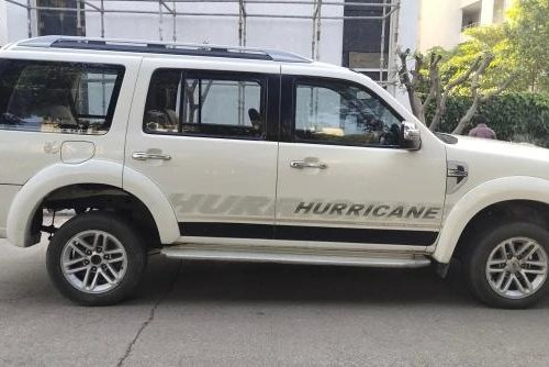 2010 Ford Endeavour 2.5L 4X2 MT in Pune