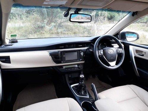 2016 Toyota Corolla Altis Diesel D4DGL MT in New Delhi