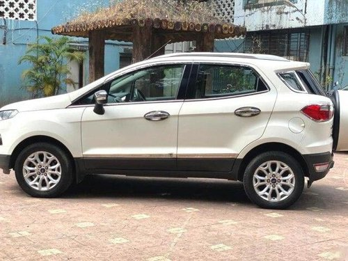 2015 Ford Ecosport 1.5 DV5 MT Titanium Optional in Mumbai-5