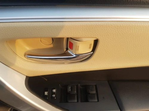 Used 2017 Toyota Corolla Altis VL AT for sale in New Delhi