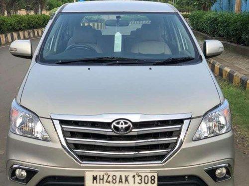 Toyota Innova 2.5 VX 8 STR BS-IV 2016 MT in Mumbai