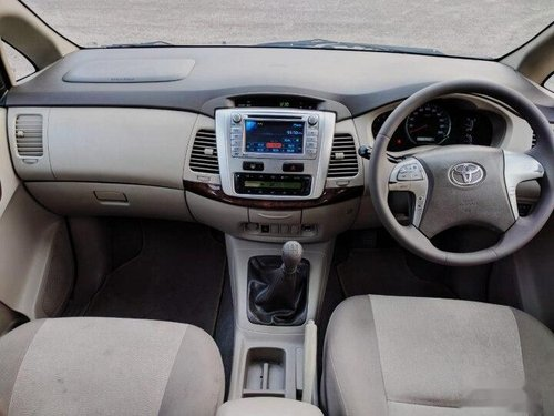 2012 Toyota Innova 2.5 VX 7 STR MT in Faridabad