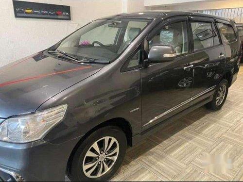 Toyota Innova 2.5 V 7 STR, 2015 MT for sale in Ludhiana