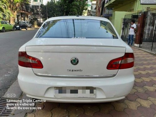 Used 2011 Skoda Superb 1.8 TSI AT in Kolkata-7
