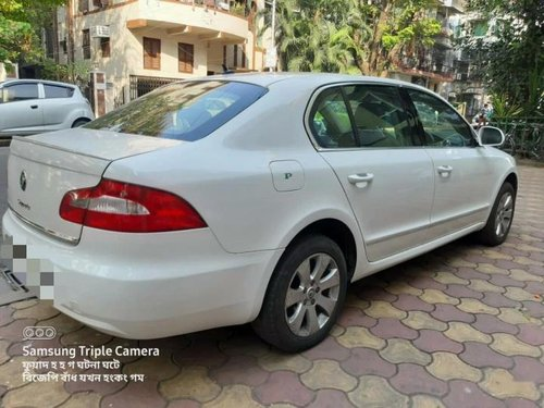 Used 2011 Skoda Superb 1.8 TSI AT in Kolkata-9