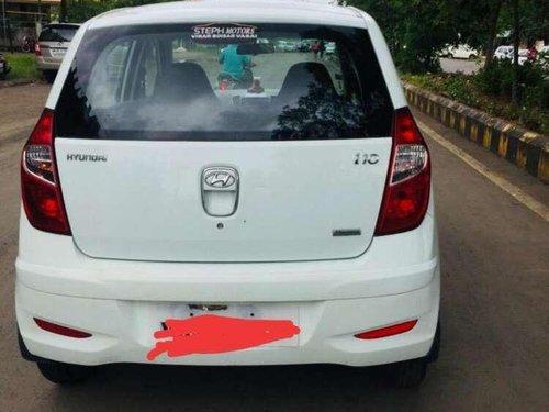 Hyundai i10 Magna 2012 MT for sale in Mumbai