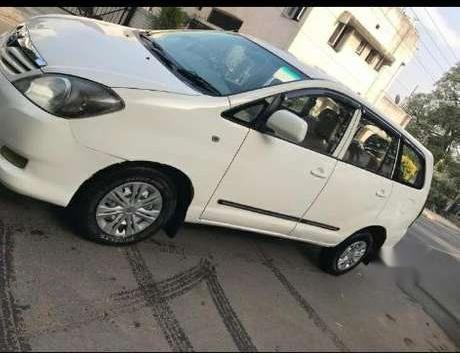 Toyota Innova 2.5 E PS 7 STR BS-IV, 2011, Diesel MT in Chandigarh