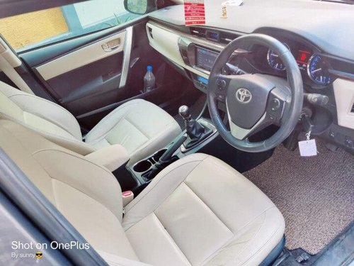 Used Toyota Corolla Altis D-4D G 2015 MT in Hyderabad
