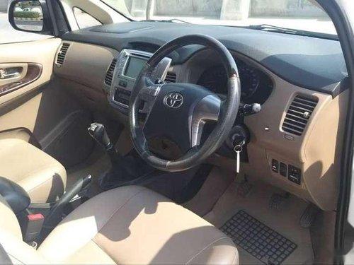 Toyota Innova 2.5 ZX BS IV 7 STR, 2015, Diesel MT in Ahmedabad