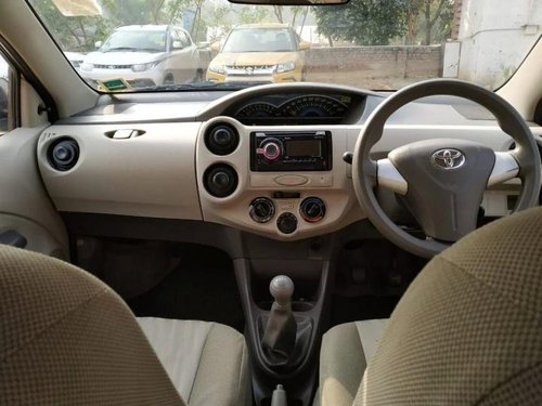 2014 Toyota Platinum Etios G MT in New Delhi