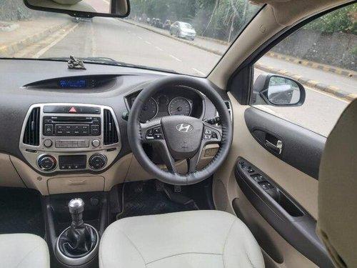 2013 Hyundai i20 1.2 Sportz MT in Mumbai