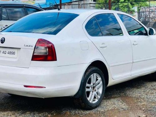 Skoda Laura Elegance 1.9 TDI, 2011, AT for sale in Chennai -1
