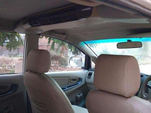 Toyota Innova 2.5 E PS 7 STR BS-IV, 2011 MT in Chandigarh