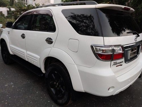 Used 2010 Toyota Fortuner MT for sale in Mumbai -0