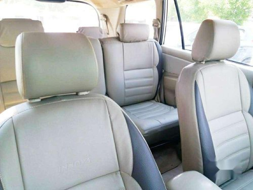 Toyota Innova 2.5 G4 8 STR, 2011, MT for sale in Ahmedabad