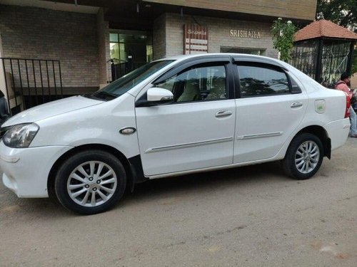 Used 2013 Toyota Platinum Etios MT for sale in Bangalore -7