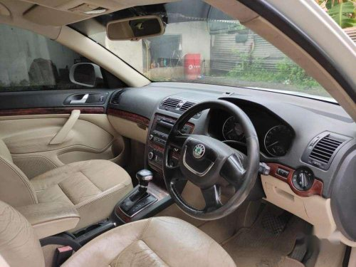 Skoda Laura Elegance 1.9 TDI, 2011, AT for sale in Chennai -6