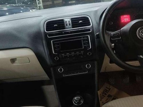Volkswagen Polo Highline, 2014, MT in Gurgaon -2