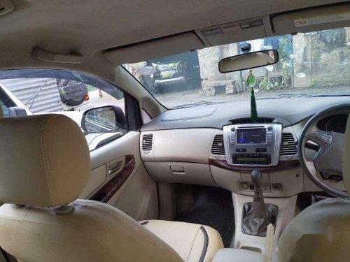 Used Toyota Innova 2.5 V 8 STR, 2014 MT for sale in Kolkata