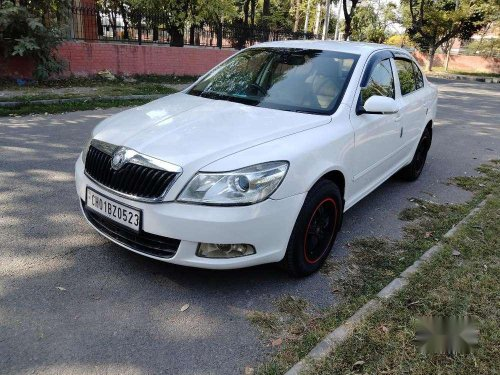 Used Skoda Laura, 2010, MT for sale in Chandigarh -7
