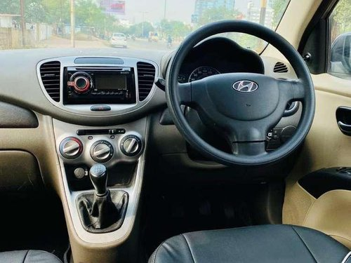 Used 2013 Hyundai i10 MT for sale in Vadodara