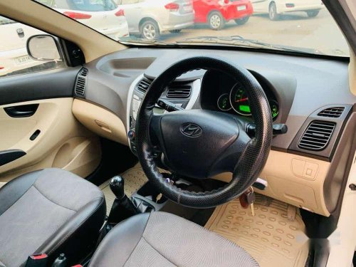 Hyundai Eon Magna +, 2013, MT for sale in Ahmedabad