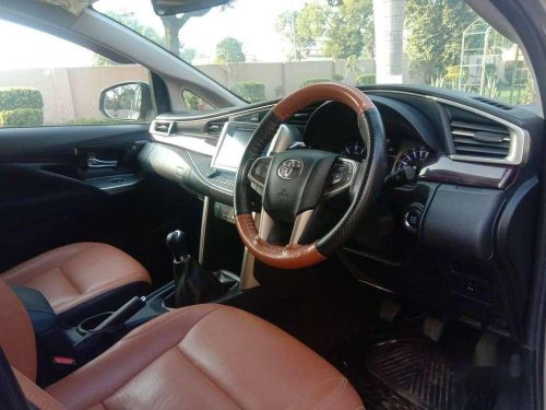 Used Toyota Innova Crysta 2017 MT for sale in Agra
