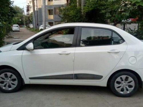 Hyundai Xcent 1.2 VTVT S 2016 MT for sale in Indore