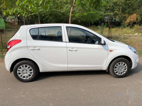 Used Hyundai i20 2011 MT for sale in Vadodara -4