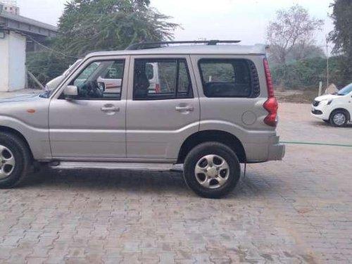 Mahindra Scorpio LX BS-IV, 2011 MT for sale in Gandhinagar