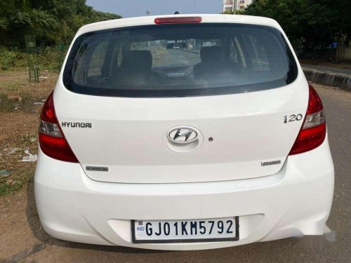 Used Hyundai i20 2011 MT for sale in Vadodara