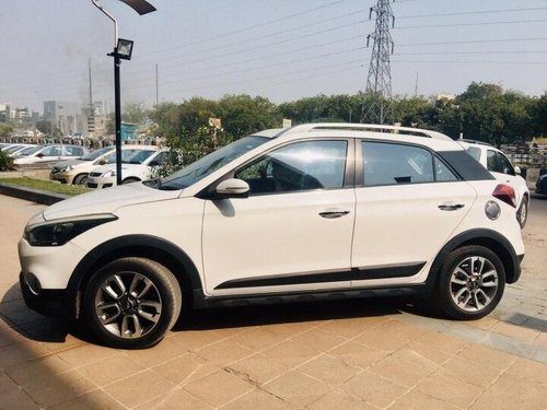 Hyundai i20 Active 1.2 SX 2015 MT for sale in Ahmedabad