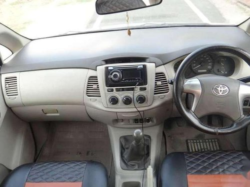 Used Toyota Innova 2014 MT for sale in Jhansi
