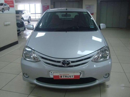 Used Toyota Etios Liva G 2012 MT in Kolkata