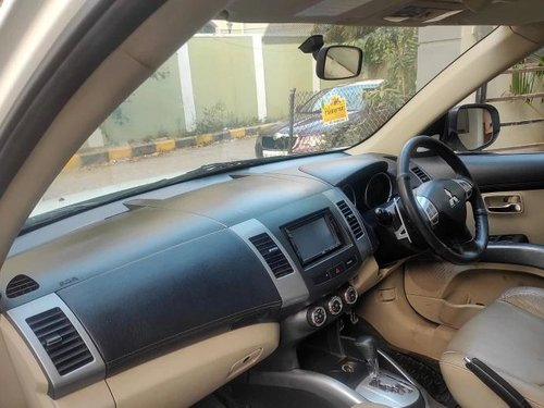 Used Mitsubishi Outlander 2.4 2011 AT for sale in Hyderabad
