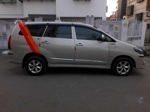 2014 Toyota Innova MT for sale in Kolkata