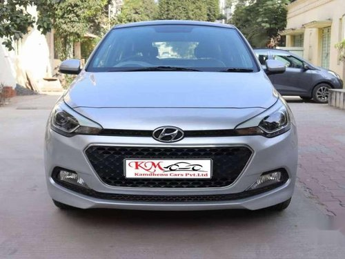Hyundai i20 Asta 1.2 2016 MT for sale in Ahmedabad