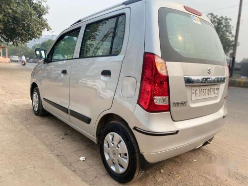 Used 2013 Maruti Suzuki Wagon R MT for sale in Vadodara