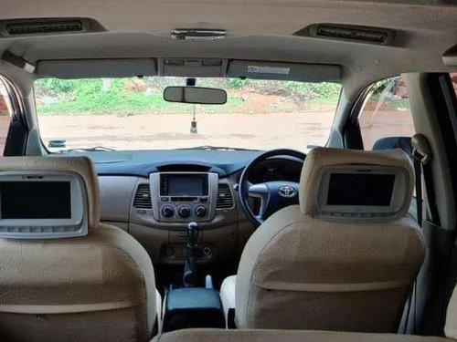 Toyota Innova 2016 MT for sale in Malappuram